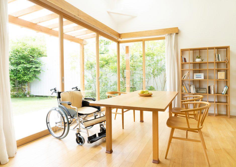 車椅子がご自宅にある写真