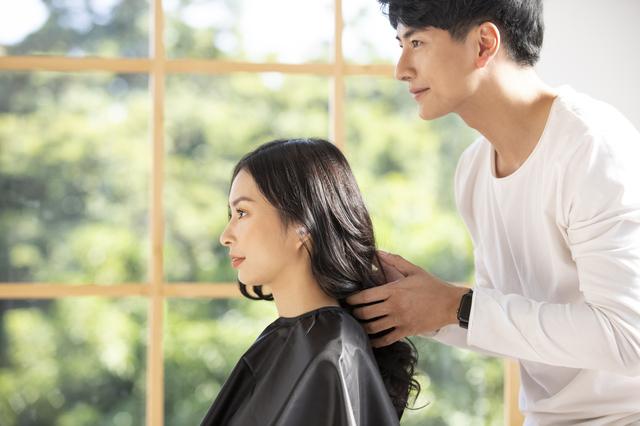 美容師 イメージ